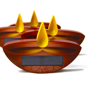 Four Enlite10 candles